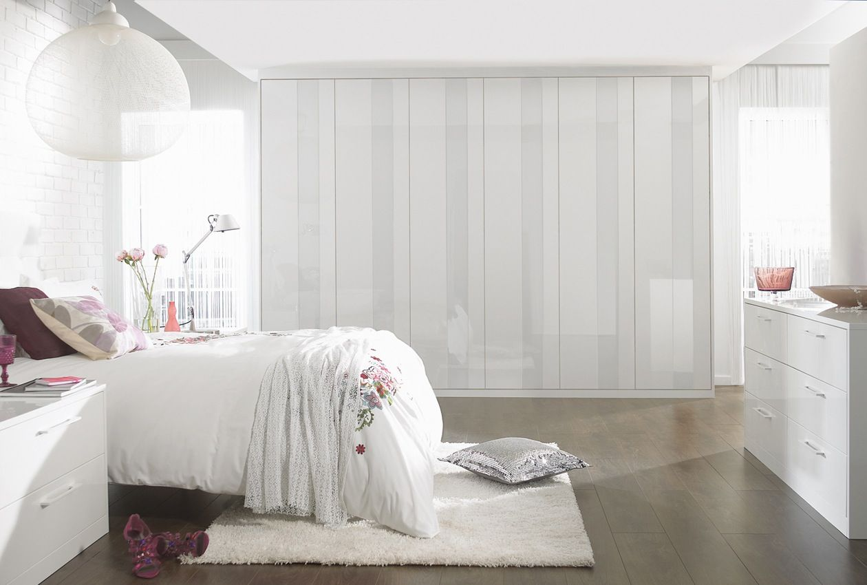 classic white bedroom furniture. Pure Fitted Bedroom Furniture \u0026 Wardrobes Classic White O