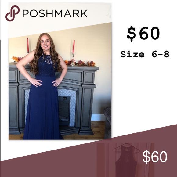 High School Tanzkleid Dies ist ein süßes dunkelblaues Spitzenkleid. Es hat einen Schatz …   – Bestrecipes