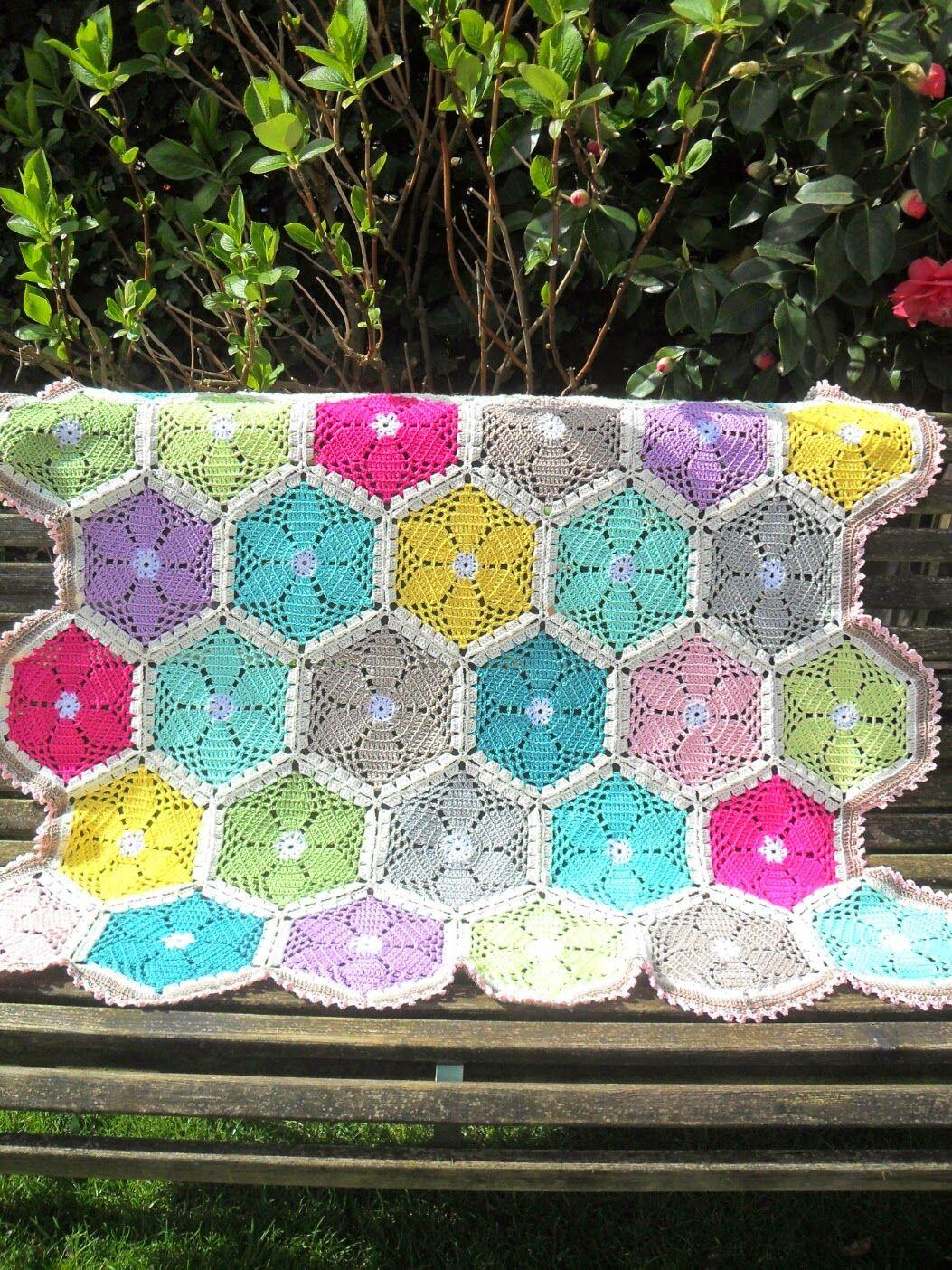 Lente deken - GeHaakt door Marijtje. Similar free Granny\'s Garden ...