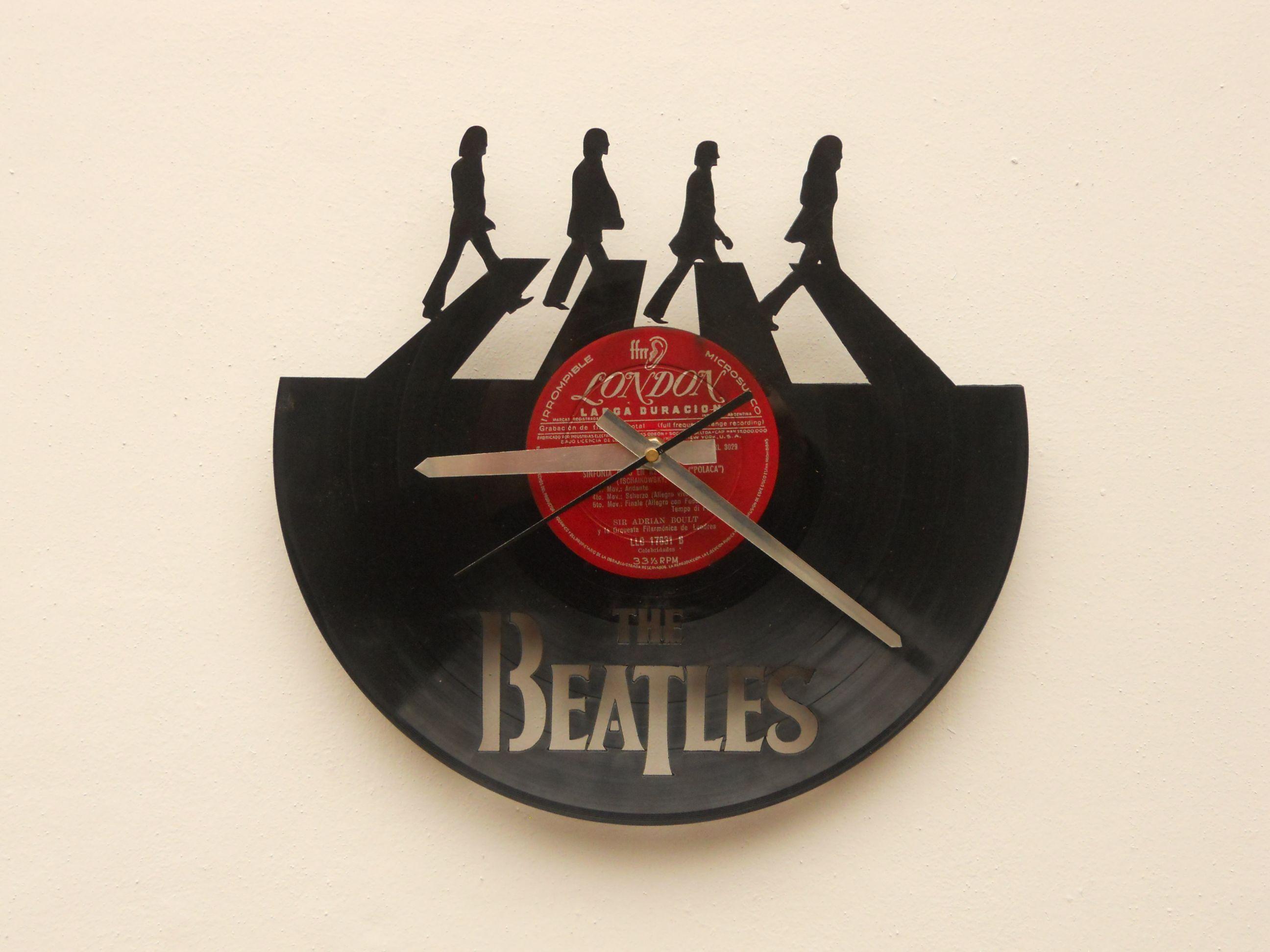 35eec097da3 Reloj de Pared Calado en Disco de Vinilo   Laser Cutting Wall Vinyl Clock  Relógio De