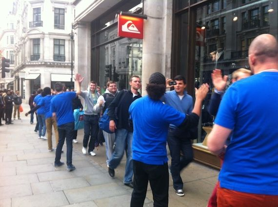 LONDON iPHONE 5 MADNESS: 'You must be CRAZY to buy Apple'