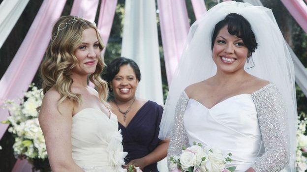 Weisse Hochzeit 7x20 Arizona Robbins Miranda Bailey Und Callie Torres Greysanatomy Greysanatomyabc Greysanatomy Miranda Bailey Arizona Robbins Weisse Hochzeit