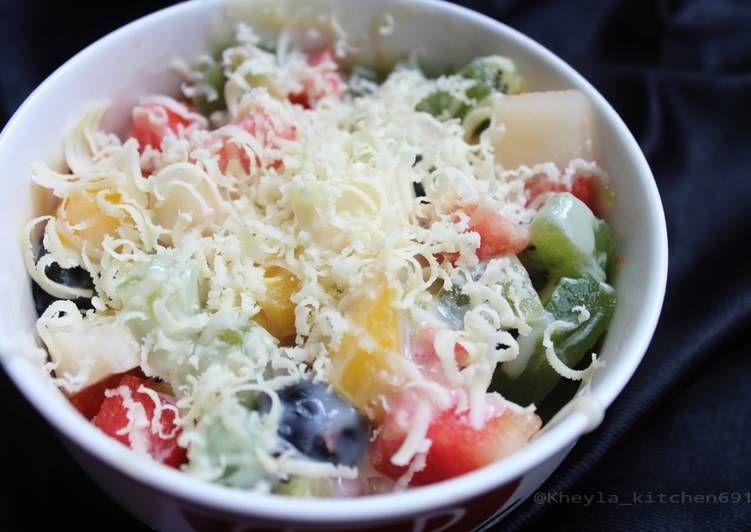 Resep Salad Buah Simple Oleh Kheyla S Kitchen Resep Resep Salad Resep Masakan Sehat Resep Makanan Sehat