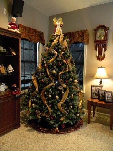 Aniol Z Ubraniem Z Materialu Zloty E500g 7035313284 Oficjalne Archiwum Allegro Amazing Christmas Trees Christmas Tree Images Cool Christmas Trees