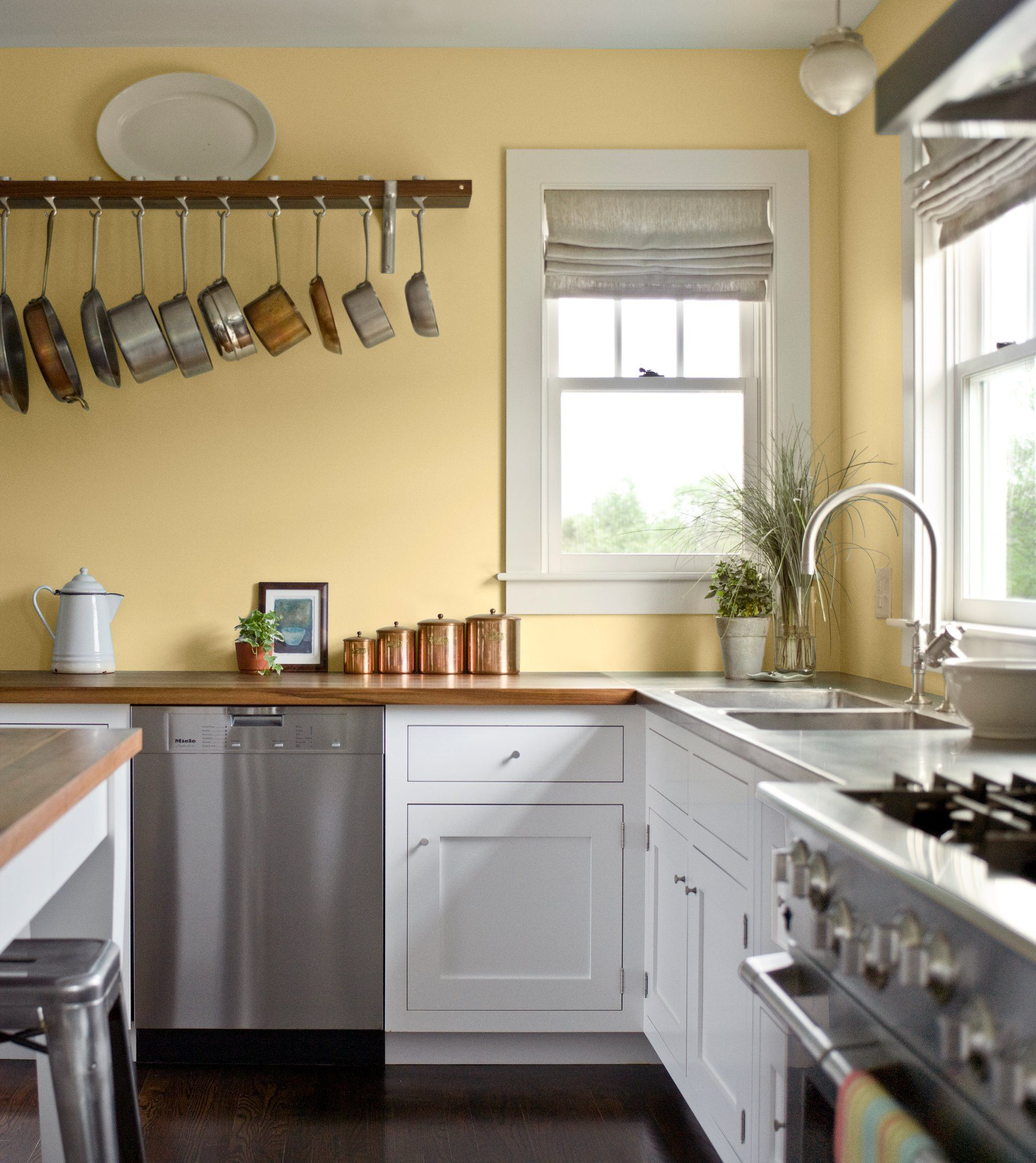 Paint Colors For Kitchens With Golden Oak Cabinets To Do: Pale Yellow Walls, White Cabinets, Wood Counter Tops