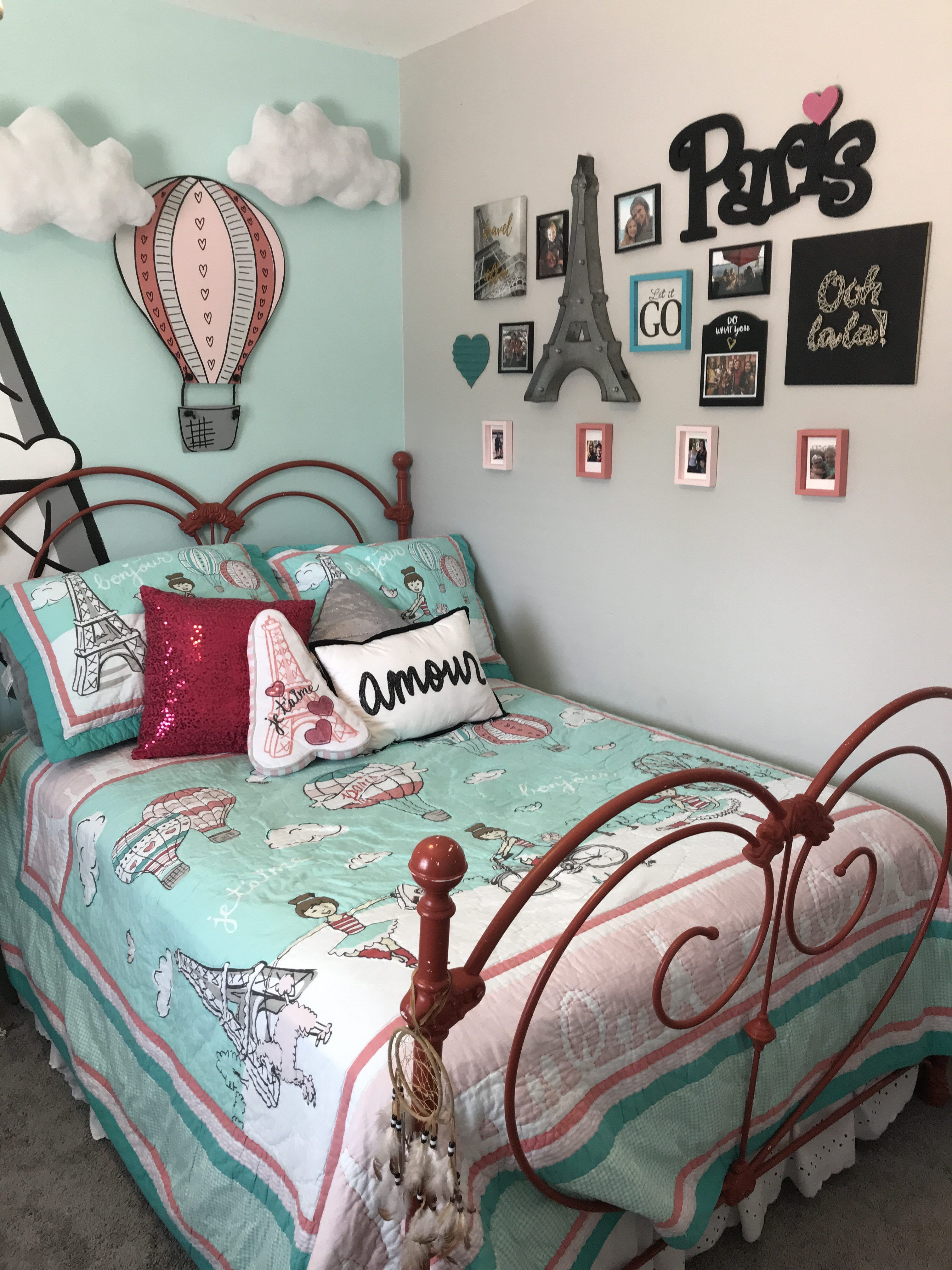 Pink Red And Turquoise Paris Themed Bedroom Paris Themed Room