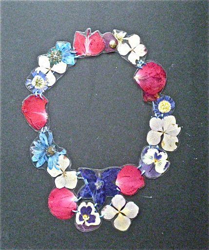 FIORI, foglie e fiori plastificati, filo di cotone, bottone a pressione