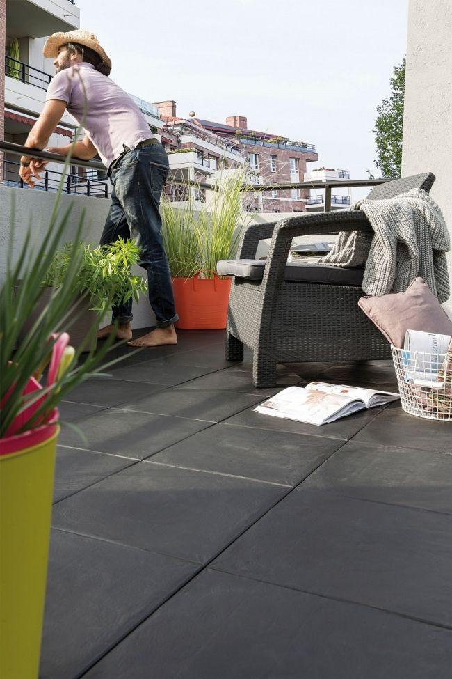 Un balcon terrasse tout en carrelage d co maison for Deco balcon terrasse