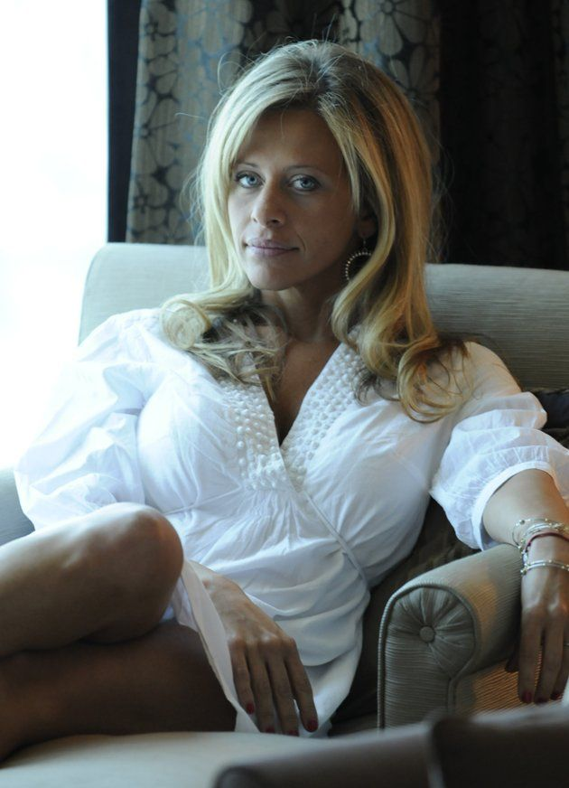 Dina Manzo,miss her .She was my favorite of the housewifes.My guilty pleasure watching:)