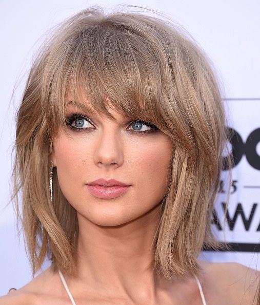 Pin By Debora Pennington On Hairstyles I Love Hair Styles Hairstyles With Bangs Taylor Swift Hair