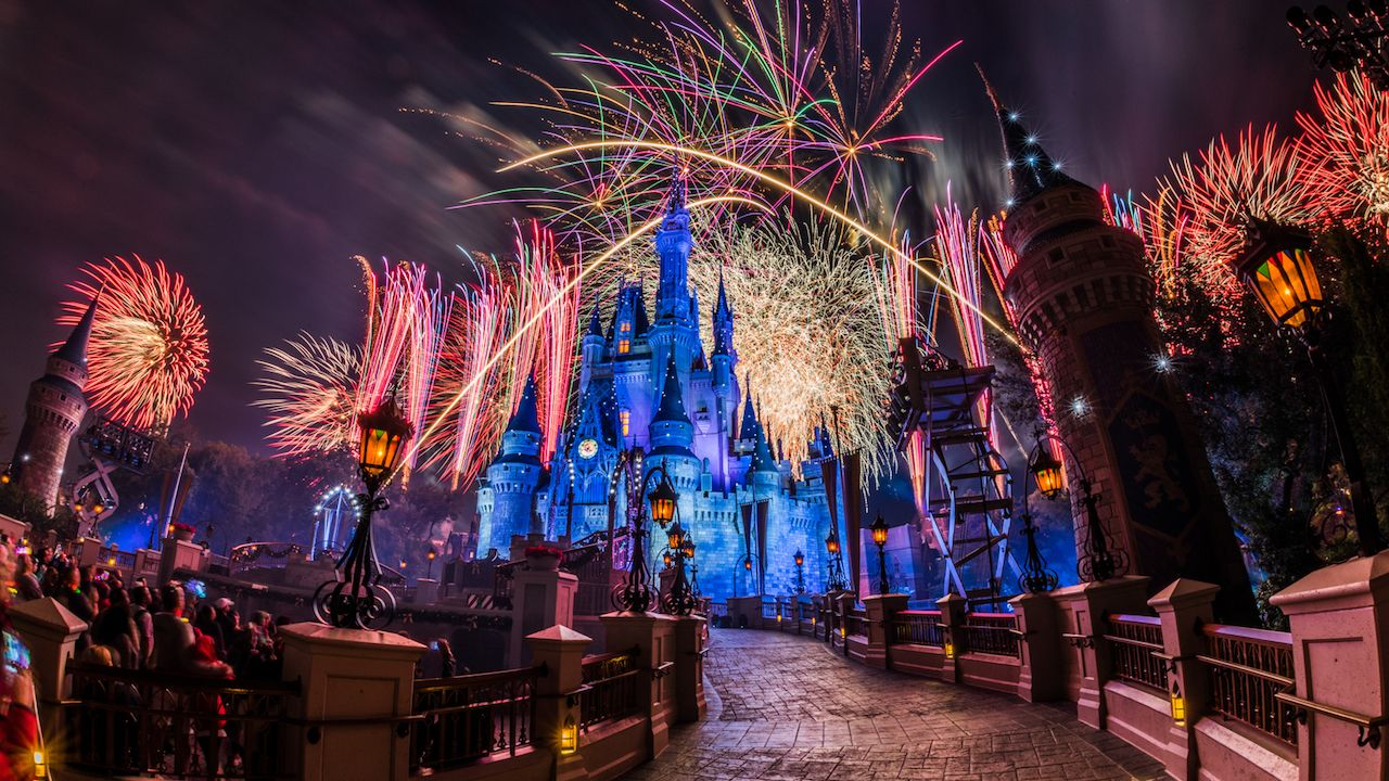 'Holiday Wishes Fireworks Celebrate the Spirit of the