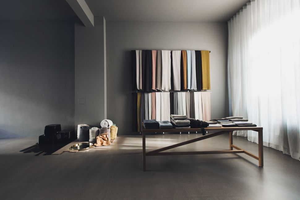 amma 06 concept store berlin visual merchandising interior modern living indoor design