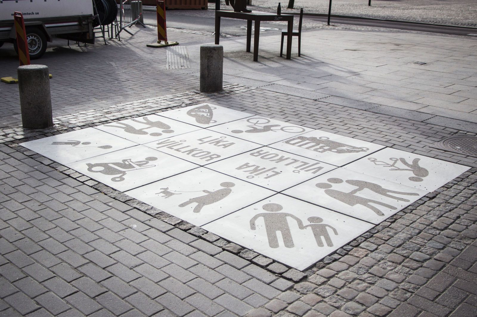 Graphic Concrete referenssi: Karlstad city, walking streets on equal terms