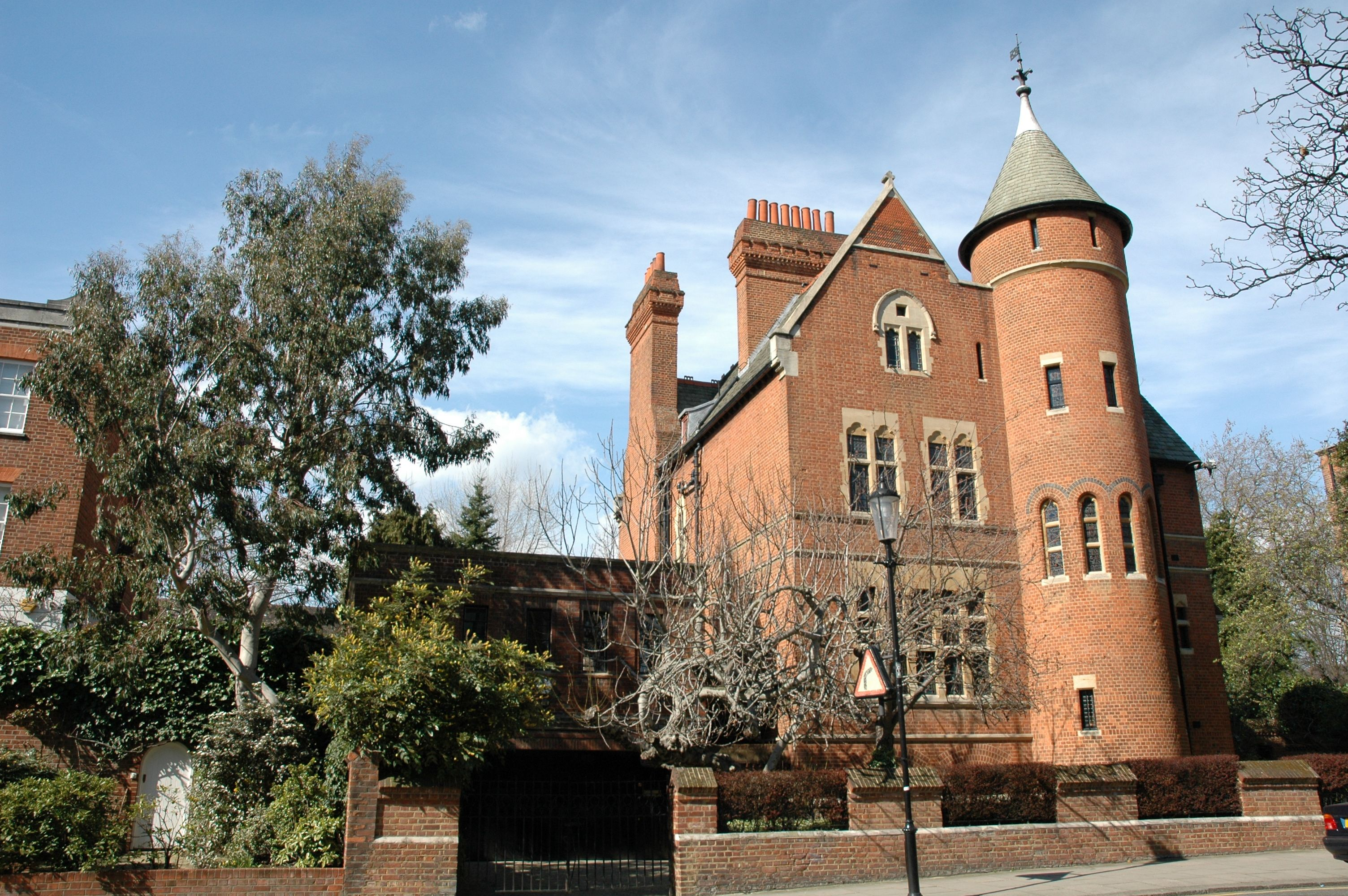 Jimmy Pages Legendary Tower House In Holland Park