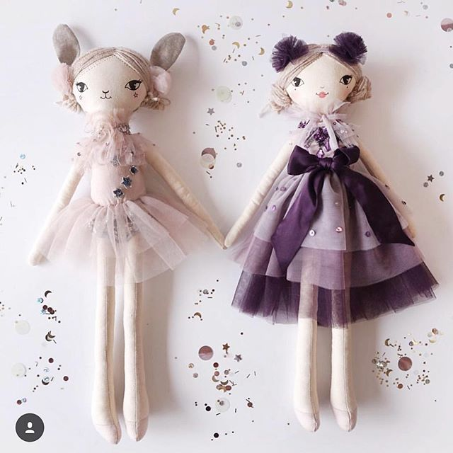 Our collaboration dolls with @tutudumonde are back! What a magical gift they would make... 💫 These limited edition dolls are available exclusively on the Tutu Du Monde website 🌸 . . #tutudumonde #theselittletreasures #collaboration #limitededition #christmasgifts #girl #dolls #handmade #tutu