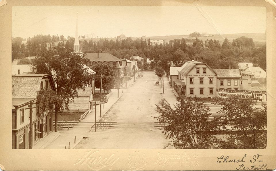 A L Hardy's photo of Church St (now Aberdeen St) Kentville