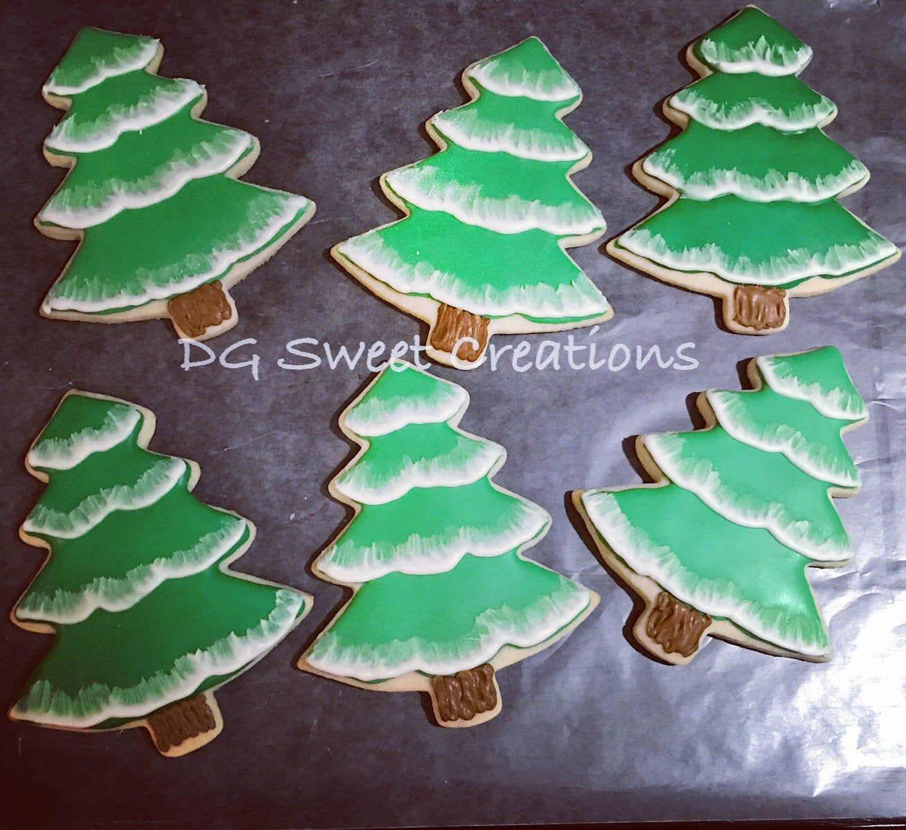 Pin By Sheila Cook On Sugar Cookies Christmas Sugar Cookies Christmas Tree Cookies Sugar Cookies