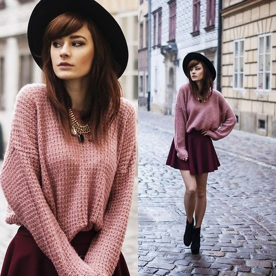 Powder pink sweater. (Lookbook.nu) | Skirt boots, Sweater skirt ...
