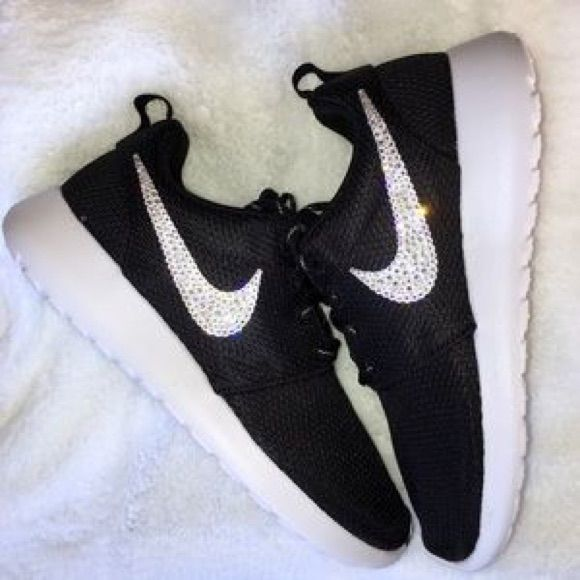 buy online 7cd2d 3a5f2 Nike Shoes | Custom Swarovski Nike Roshe Run Shoes All Sizes ...
