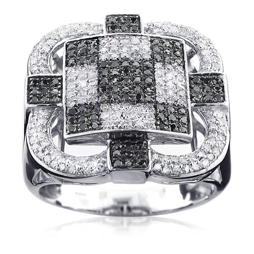 This 10k Gold Mens Checkerboard White And Black Diamond Ring Showcases 1 28 Carats Of Genuine Diamonds And A Luxurious Bright Polished Gold F Dengan Gambar Cincin Pria Cincin