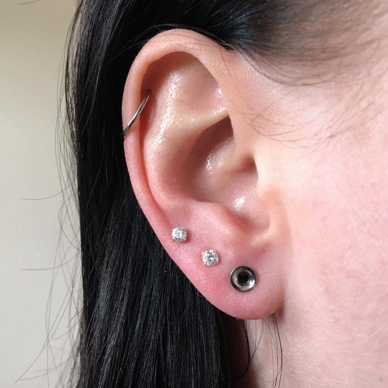 JP/_ 1 Pairs Cute Love Heart Ear Studs Tunnels Gauges Plugs Earlet Cool Body Pi