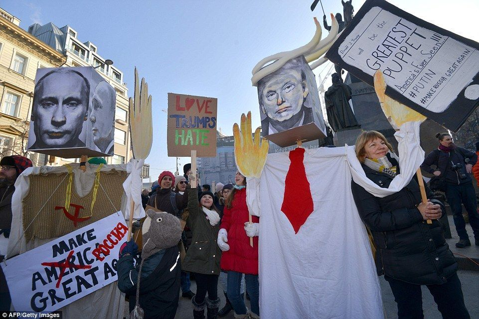 Trump Mt Rushmore Image Photos In 2020 Womens March Womens March 2017 Chicago Women