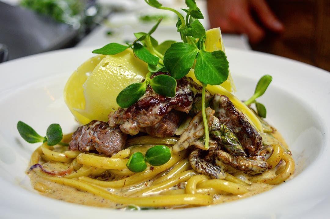 Via Atknotweedbc 63 Acres Beef Tenderloin Pasta Morels Asparagus Shaved Red Onion Sauvignon