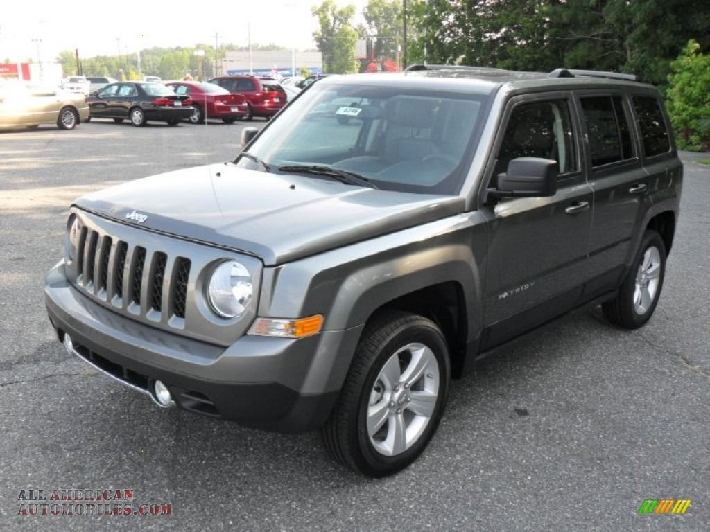 2011 Patriot Latitude X 4x4 Mineral Gray Metallic Dark Slate