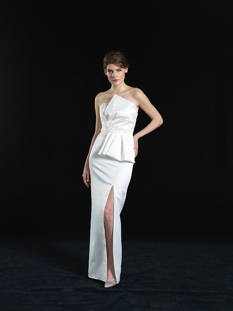 Talking French Girl Style With Singapore Bridal Gown Designer Ee Lyn Of Love Yu Designer Bridal Gowns Wedding Dress Tulle Lace Wedding Gowns Lace