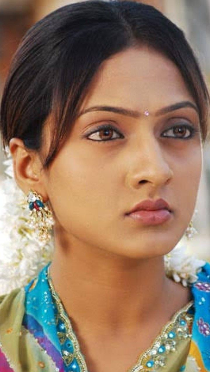 Pin by Rajeev on close up | Sari, Saree, Fashion