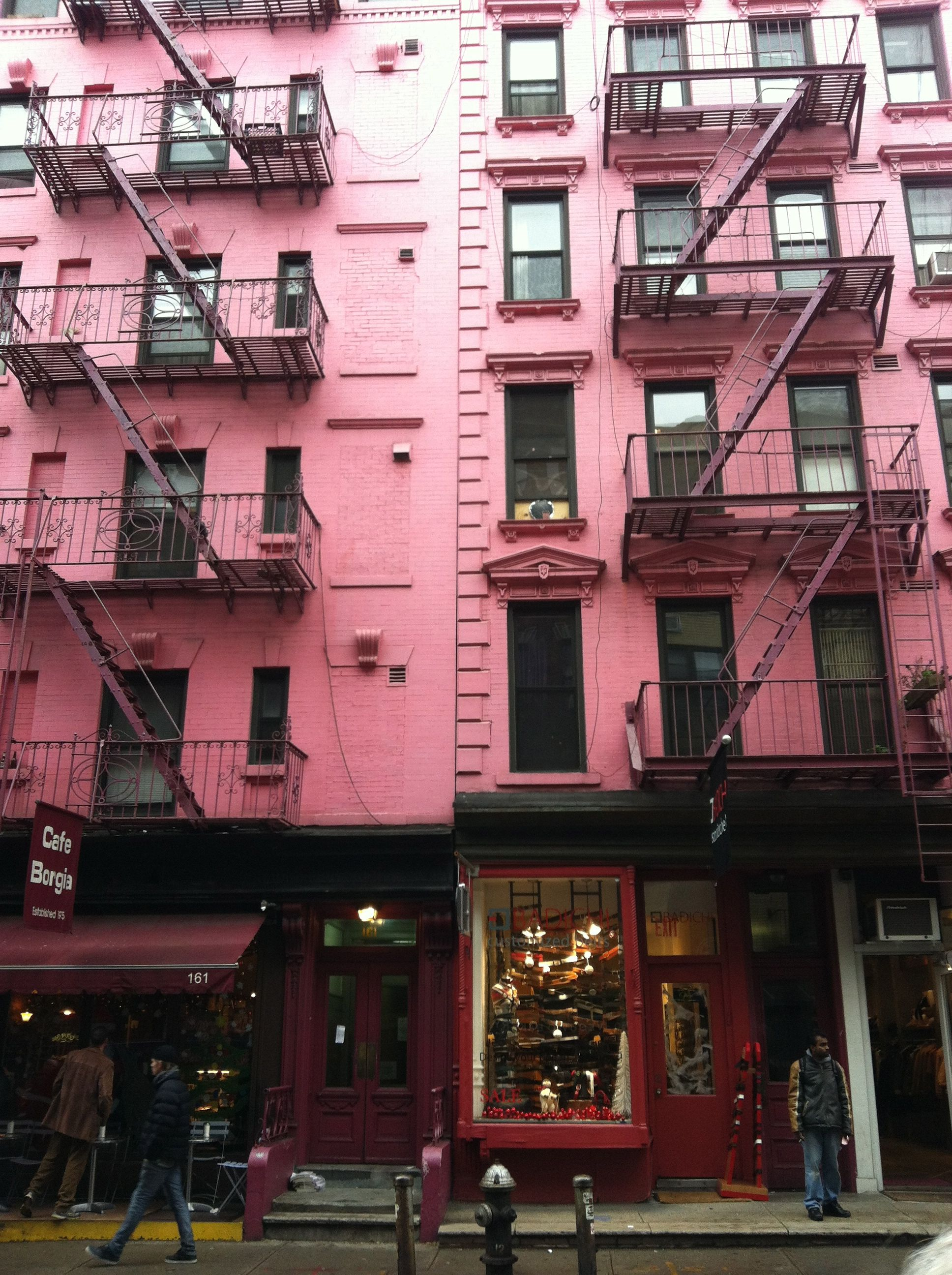 Cute Pink Soho Apartments Fire Escapes 161 Prince