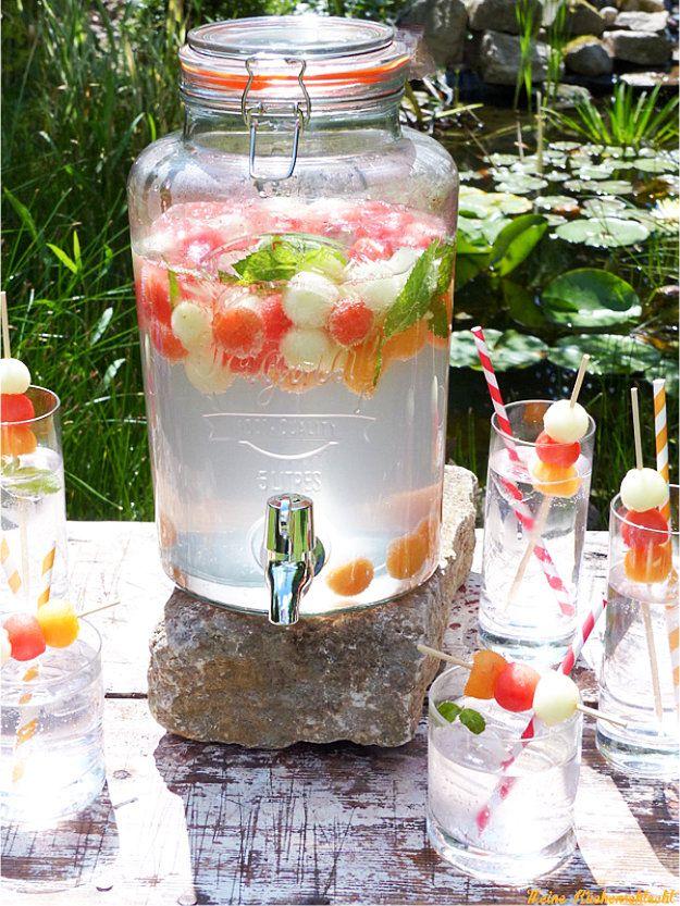 melone russian wild berry spritz alkoholfrei getr nke bar limonaden bar drink bar. Black Bedroom Furniture Sets. Home Design Ideas
