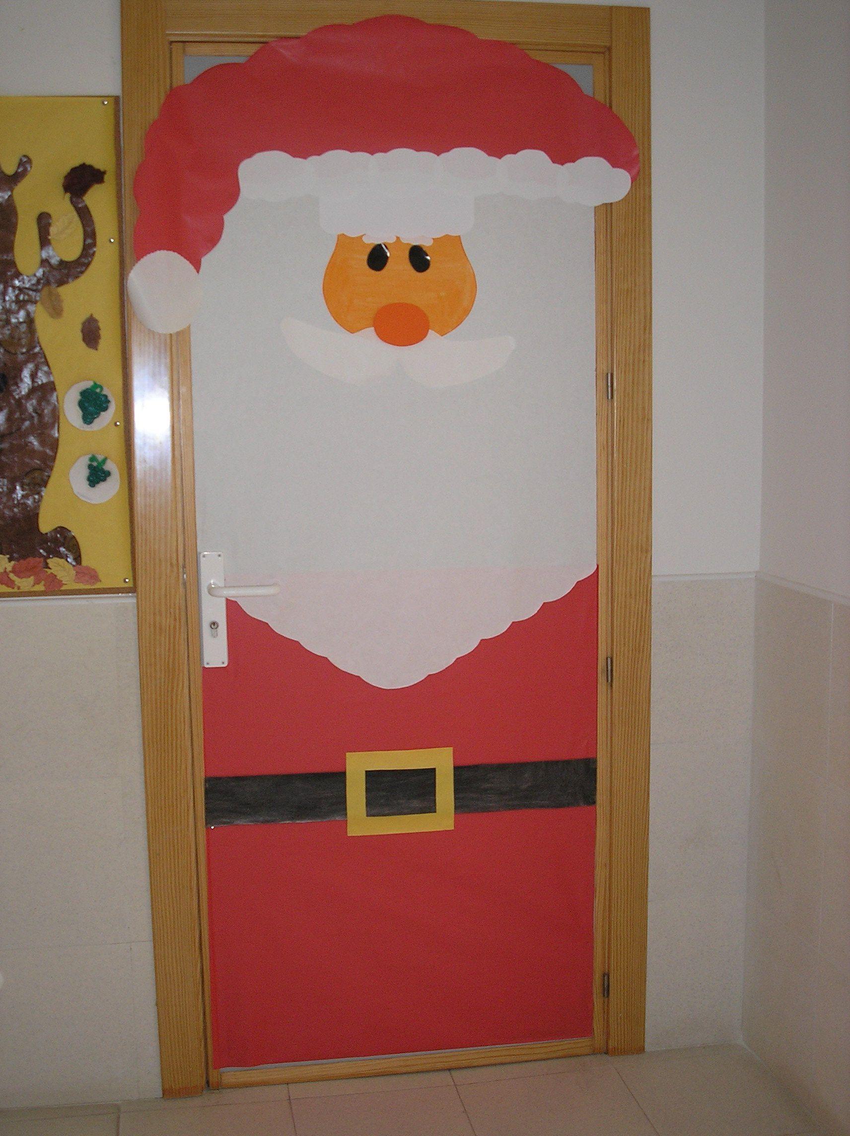 Mi puerta de pap noel cole monterrubio de armu a for Puertas decoradas santa claus