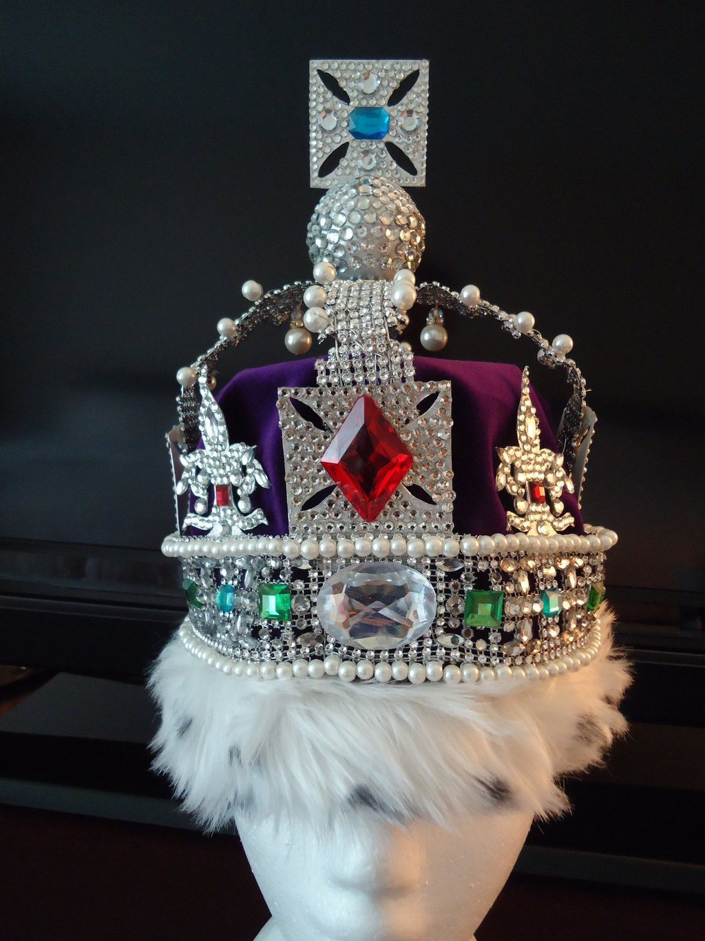 imperial state crown of england prop replica by red parrots royals crown and tiara pinterest. Black Bedroom Furniture Sets. Home Design Ideas