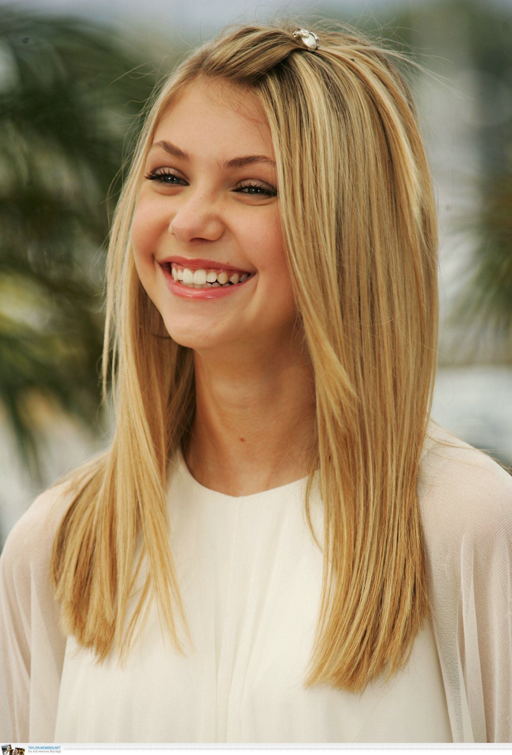 darn cool medium length hairstyles for thin hair fringe clipped