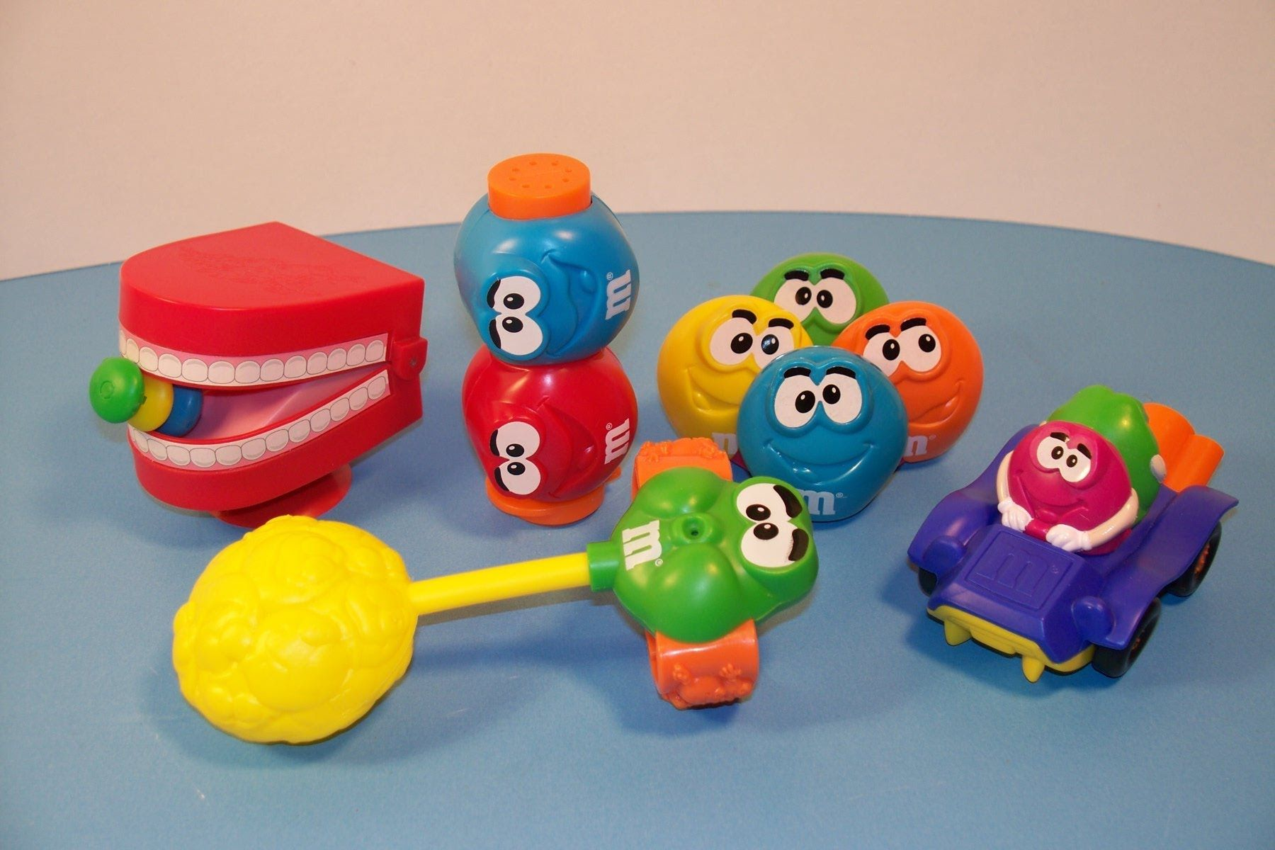 1997 Burger King M M S Minis Set Of 5 Kid S Meal Toy S Video
