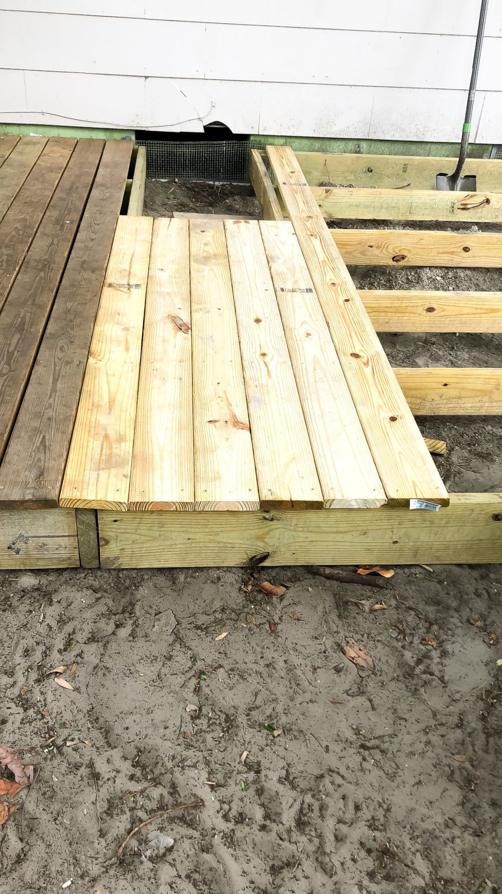How I Built My Diy Floating Deck For Less Than 500 Diy Deck Floating Deck Building A Deck