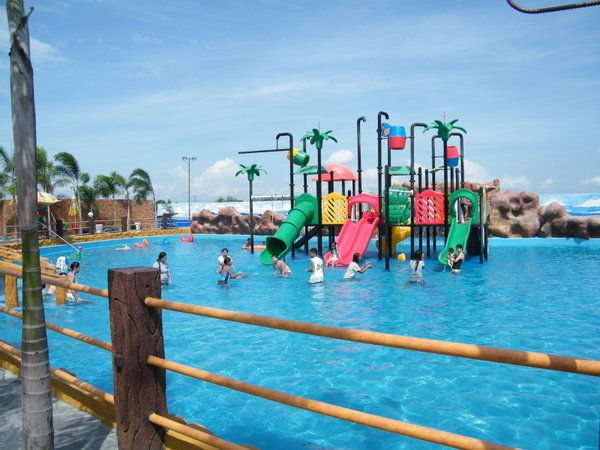 Villa Alfredo Resort San Fernando Pampanga Philippines Pampanga Swimming Pools Resort