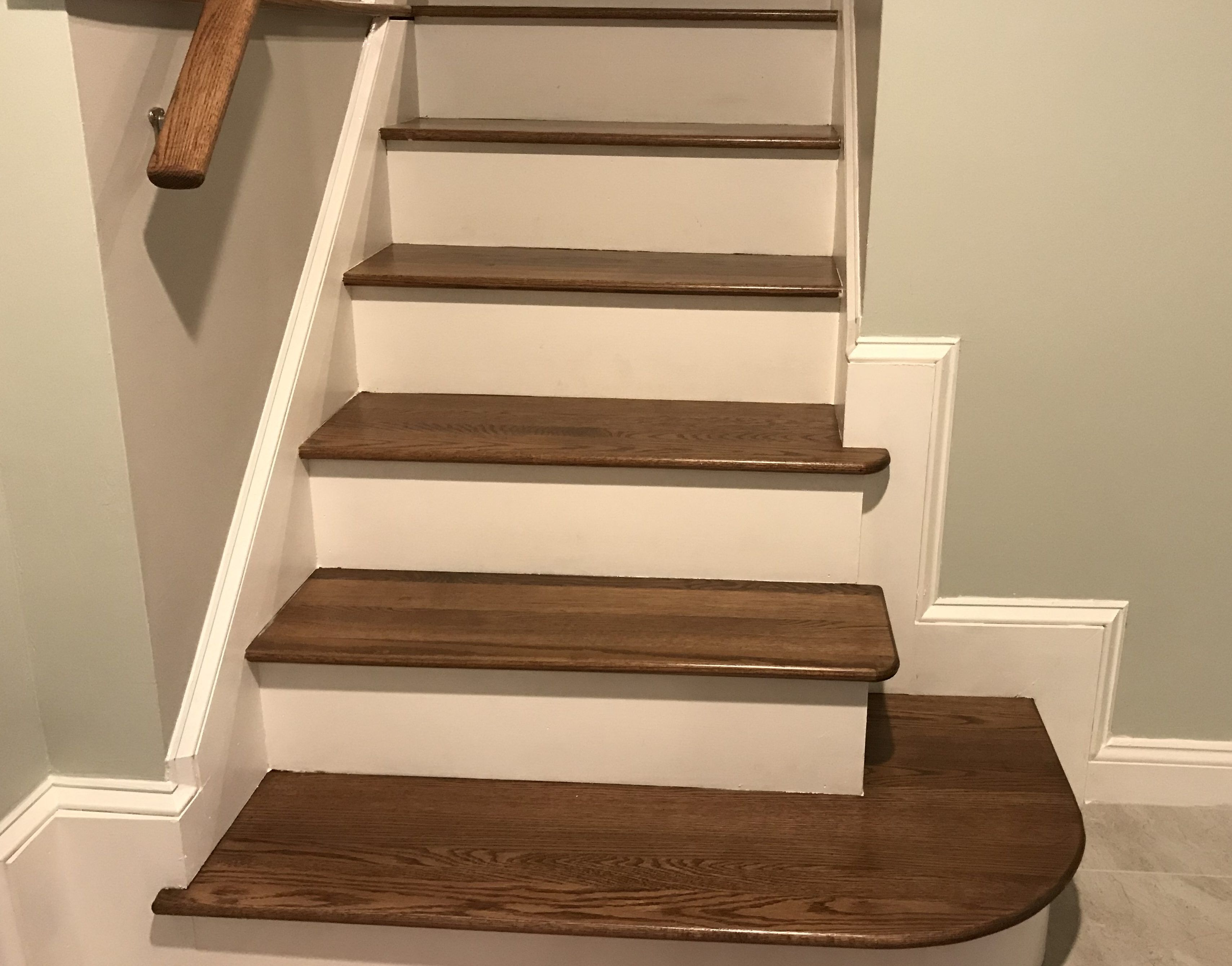 Best How To Make Hardwood Stairs Less Slippery 4 Simple 640 x 480