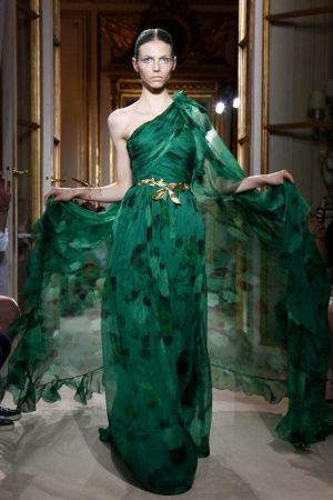 a very festive (!) collection for giambattista valli - dominated by reds and greens #couturefall2012