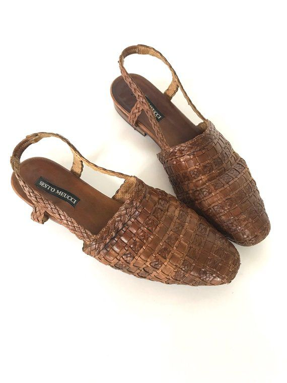 990ebb5ae40a1 Vintage Women s Size 9 Woven Leather Huarache Sandals