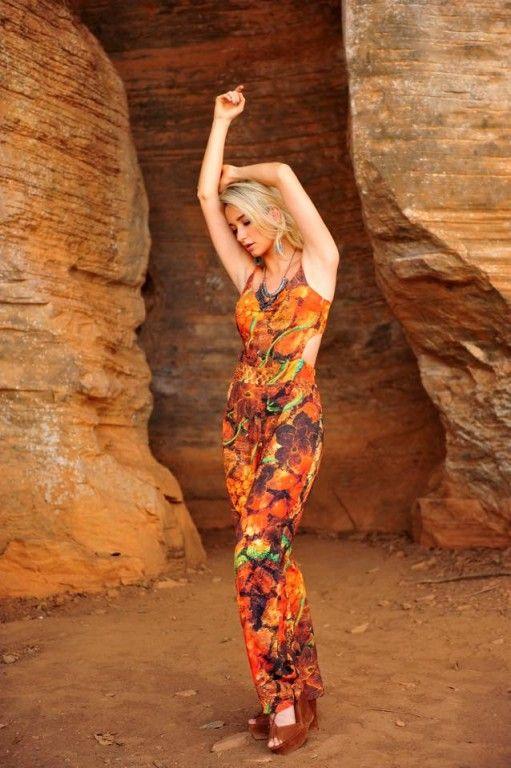 OLHA esse Macacão Crepe, maravilhoso!! Leve e bem confortável. #macacao #estampado #verao #moda #fashion #look #lookdodia