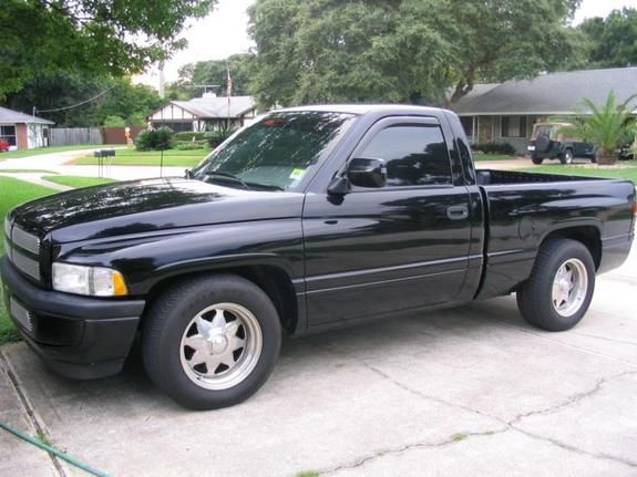 1995 Dodge Ram 1500 Dropped Trucks Dodge Trucks Dodge Pickup