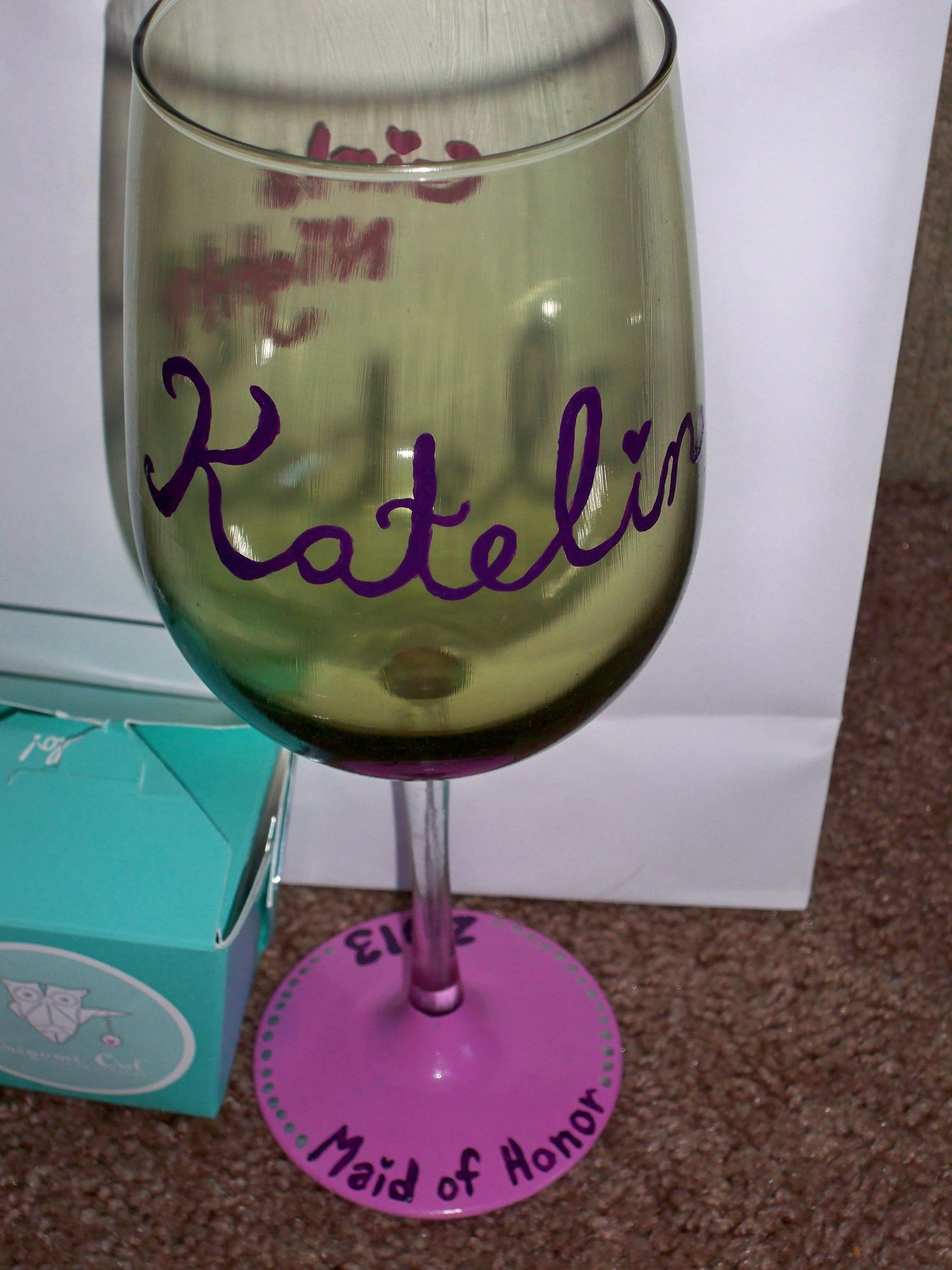 How to decorate wine glasses for bridesmaids - Front Of Hand Painted Bridesmaids Maid Of Honor Wine Glass Http