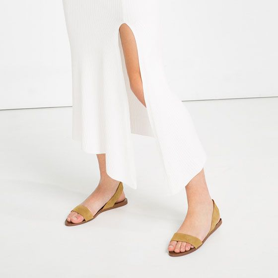 Image 2 of FLAT LEATHER SANDALS from Zara