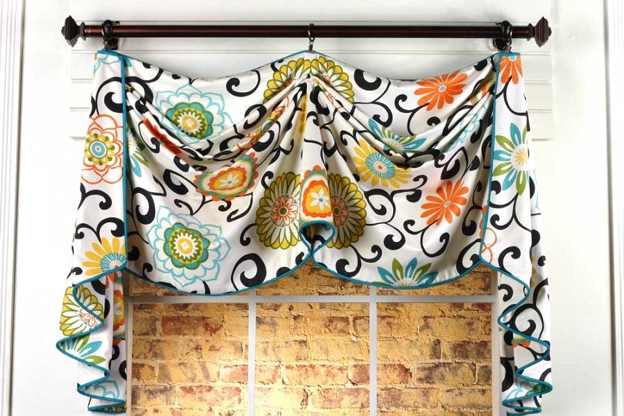 Catherine Curtain Valance Sewing Pattern....so cute! | Spare Room ...