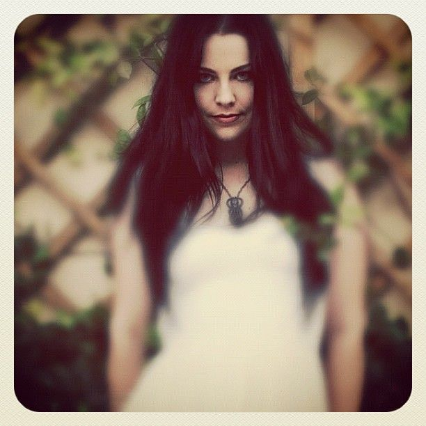 Amy Lee Instagram pic!