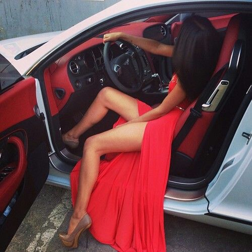 BOOM! <3 IT ~ The car, the hair, the dress, the attitude lol!!!