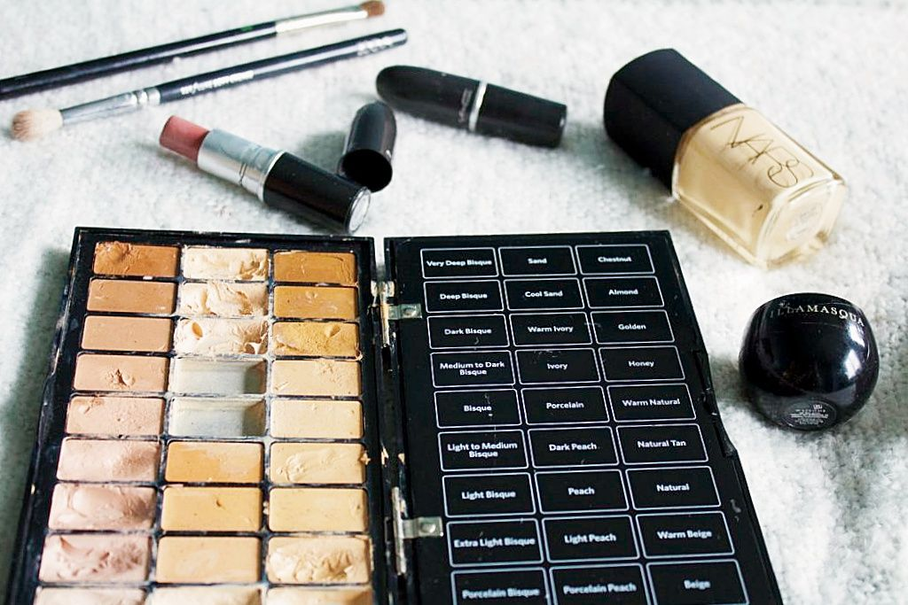 How To Build A Pro Makeup Kit On A Budget. Makeup artist