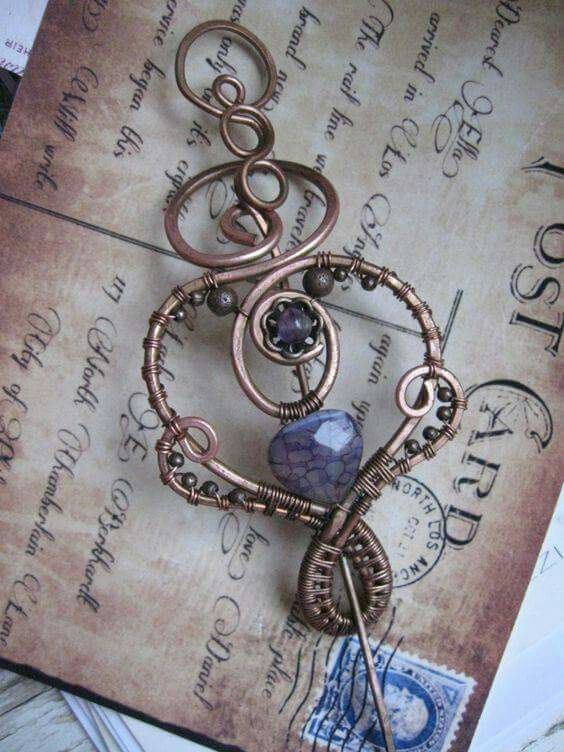 Shawl pin   Jewelry   Pinterest   Drahtschmuck, Keltischer knoten ...